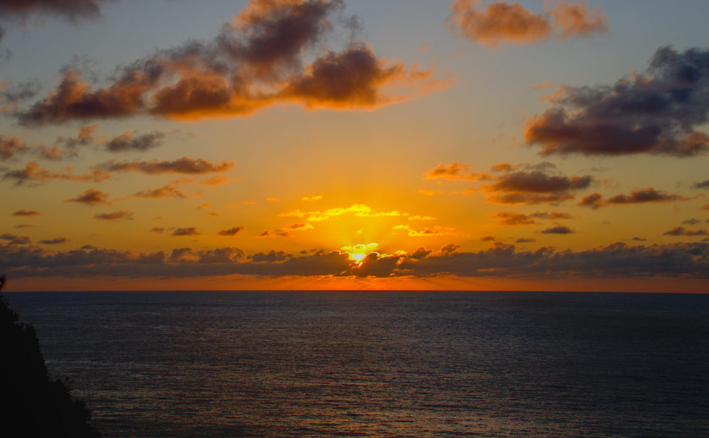 Sunrise between Pedreira and the Praia do Lombo Gordo
