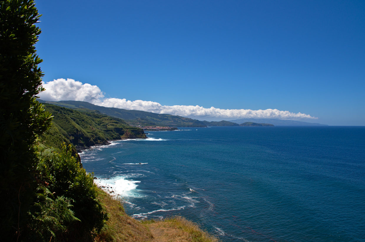 View from the cliff of the Praia da Viola in front of Maia