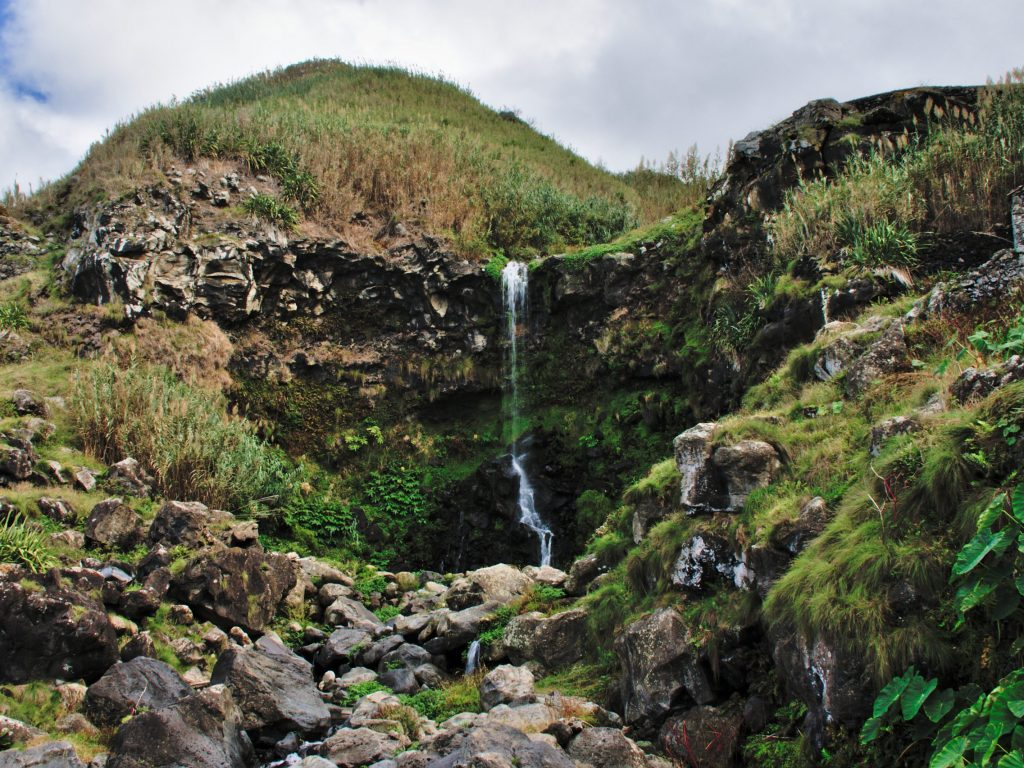 Waterfall on the way to the Praia da Viola by the old mill