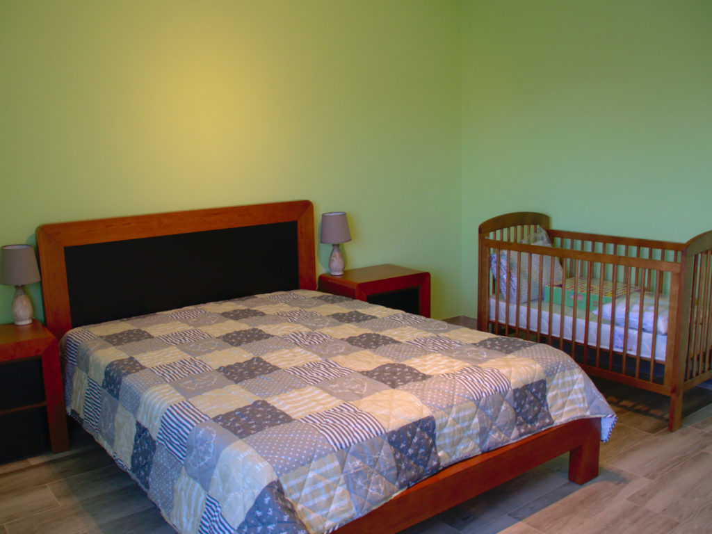 Bedroom optionally with toddler bed