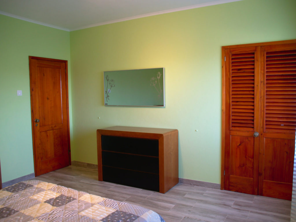 Closets in the third bedroom