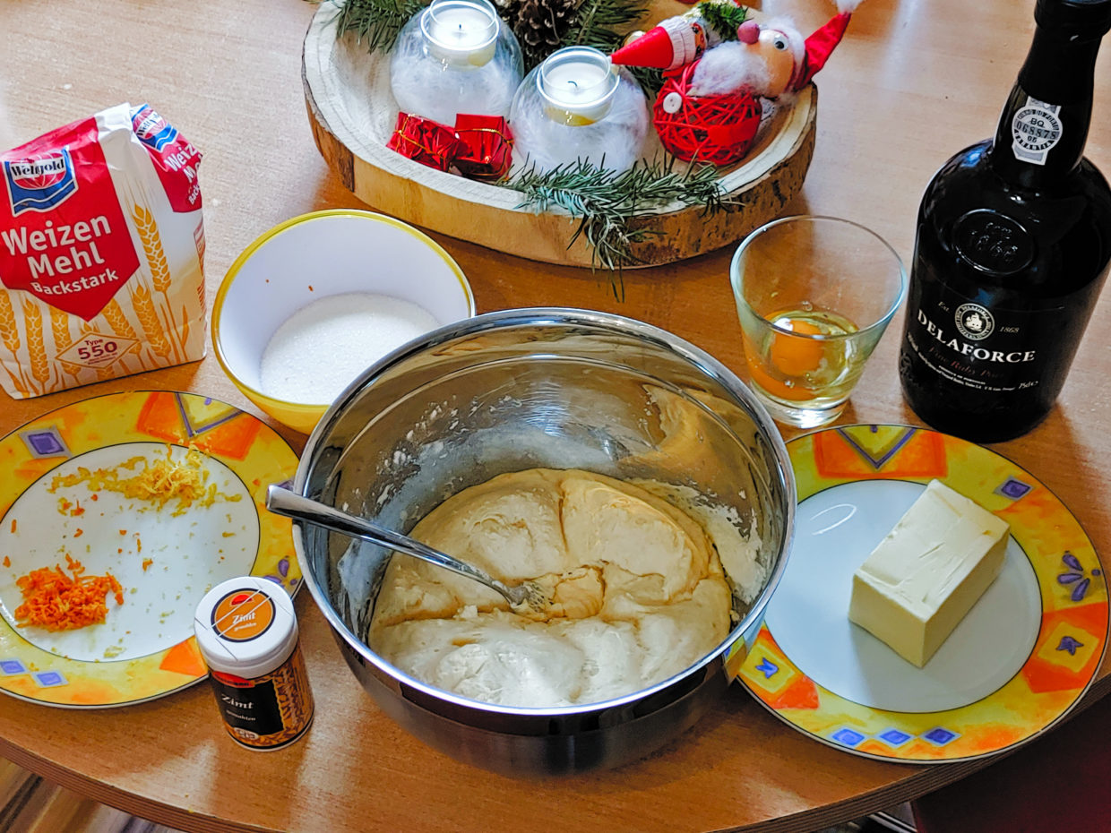 Ingredients for the base batter